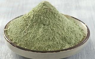 Как использовать зеленую глину для домашнего ухода за локонами?