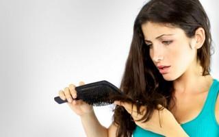Причины выпадения волос и способы устранения проблемы