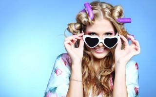 Как уложить волосы с помощью папильоток?