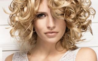 Как сделать объем на волосах?