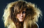 Из-за чего кончики волос становятся сухими, безжизненными?