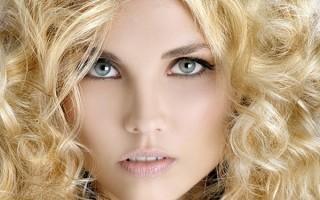 Основные отличия и преимущества профессиональных ухаживающих за волосами средств