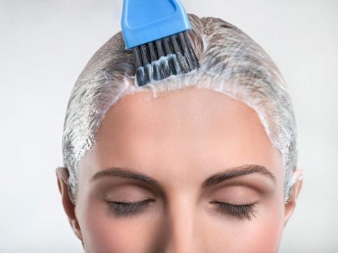 Как лечить чувствительную кожу головы?