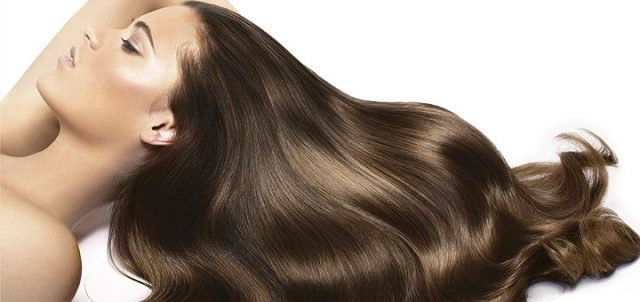Можно ли с помощью шампуня «Селенцин» забыть о выпадении волос?