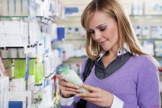Помогут ли аптечные шампуни от выпадения волос?