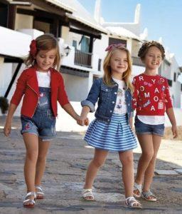 Какие ткани лучше всего подходят для детской одежды?