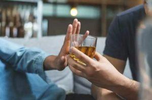 Злоупотребление алкоголем против алкогольной зависимости - здравый смысл