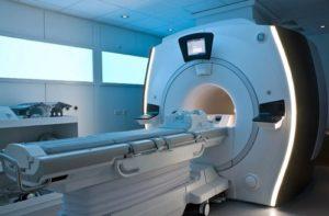 В чем разница между компьютерной томографией и МРТ?